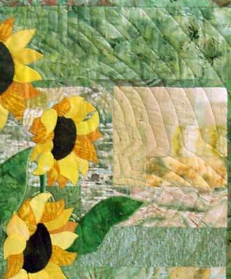 Echo quilting on sunflower quilt
